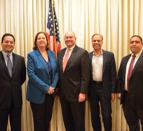 From left to right: Dr. Ram Shenoy – Chief Technology Officer, The RBR Group (TiE Houston Board Member), Janeed Judah – Chevron & SPE President, Greg Powers – VP Technology, Halliburton, Dr. Arun Pasrija – Tie Houston President, Hossam El Badawy – President & CEO at O&G Technologies.